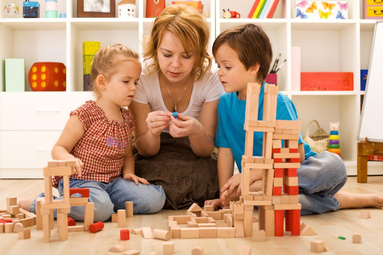 Crianças em casa? Torne sua residência segura para os filhos