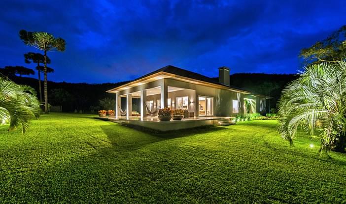Inspiração: Conheça casas de campo para você construir a sua