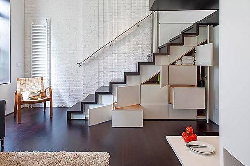 Escada com Armário Embutido