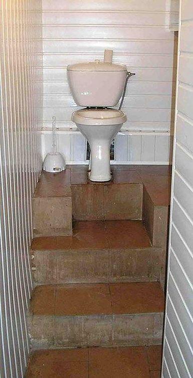 """""""Zé, eu quero um banheiro de rei!"""""""